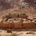 Историјата на манастирот Света Катарина - За блискоста и толеранцијата меѓу муслиманите и христијаните